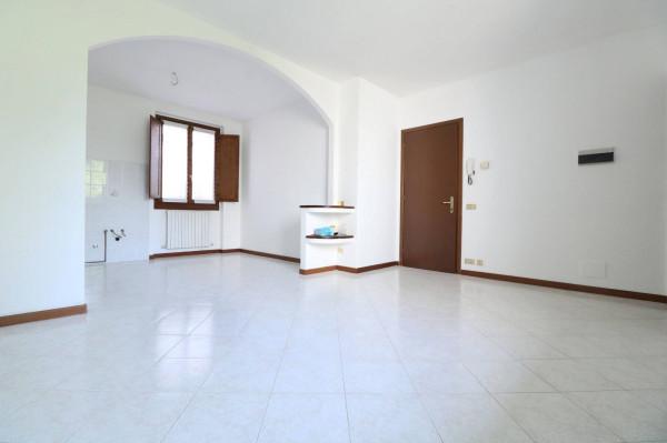 Bilocale Bonate Sotto Via Vittorio Veneto 5