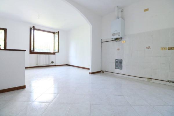 Bilocale Bonate Sotto Via Vittorio Veneto 9