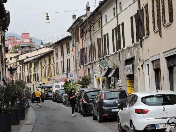 Bilocale Brescia Via Trento 10