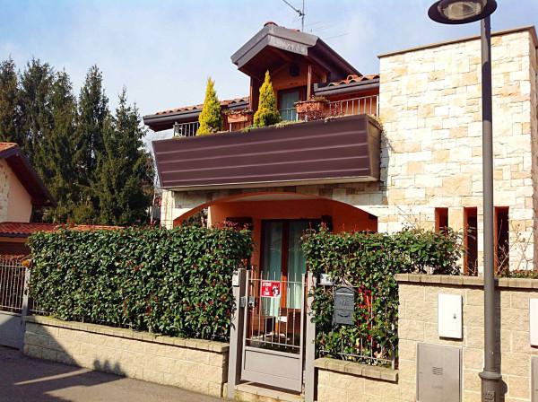 Bilocale Tradate Via Ruggero Leoncavallo 2