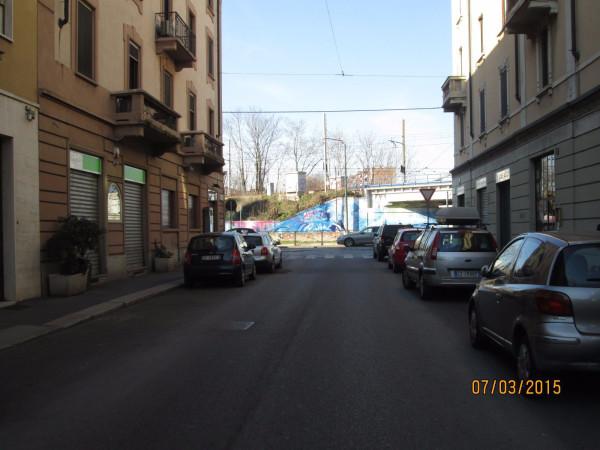 Bilocale Milano Via Andrea Ponti 9