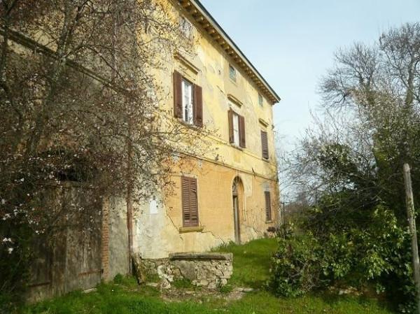 Villa in Vendita a Collesalvetti Periferia: 5 locali, 1000 mq
