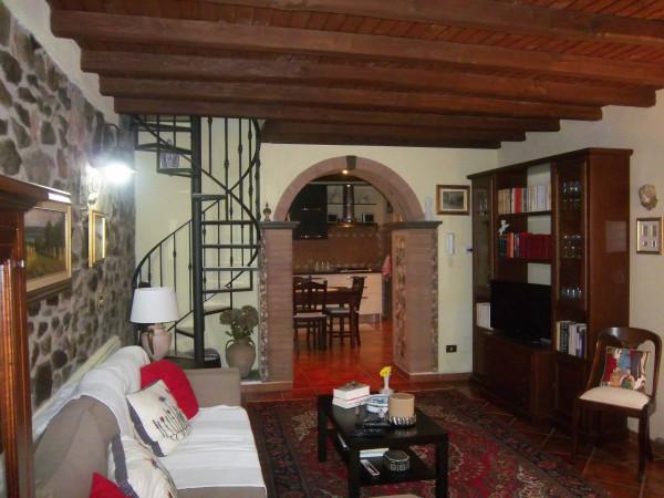 Bilocale Velletri Via Appia Nord 8