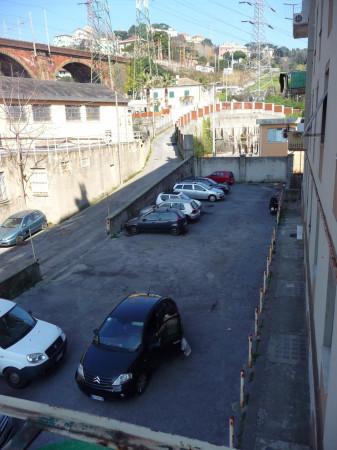 Bilocale Genova Via Monfenera 3