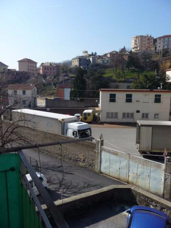 Bilocale Genova Via Monfenera 4