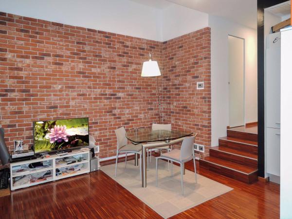 Appartamento in Affitto a Torino Centro: 2 locali, 80 mq