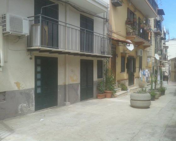 Appartamento in vendita a Monreale, 3 locali, prezzo € 70.000 | Cambio Casa.it