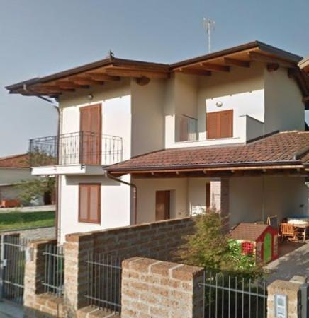 Villa in vendita a Mazzè, 4 locali, prezzo € 58.000   Cambio Casa.it