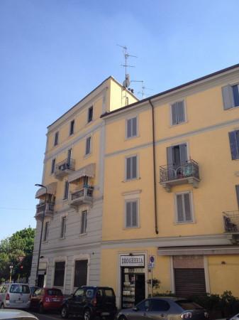 Bilocale Milano Viale Sarca 7