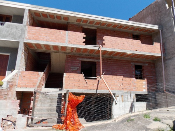 Villa in vendita a Muravera, 6 locali, prezzo € 110.000 | Cambio Casa.it