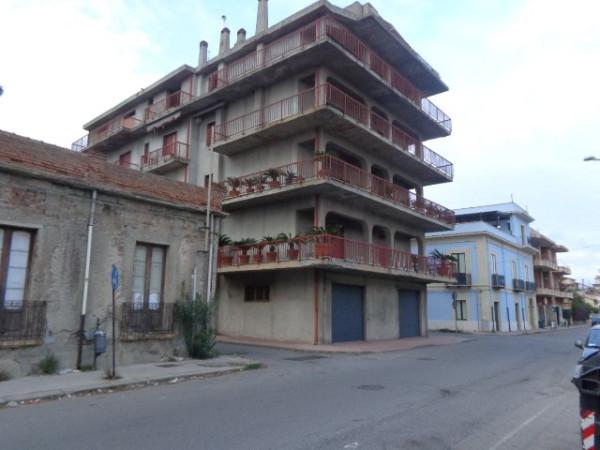 Appartamento in vendita a Bovalino, 6 locali, Trattative riservate | CambioCasa.it