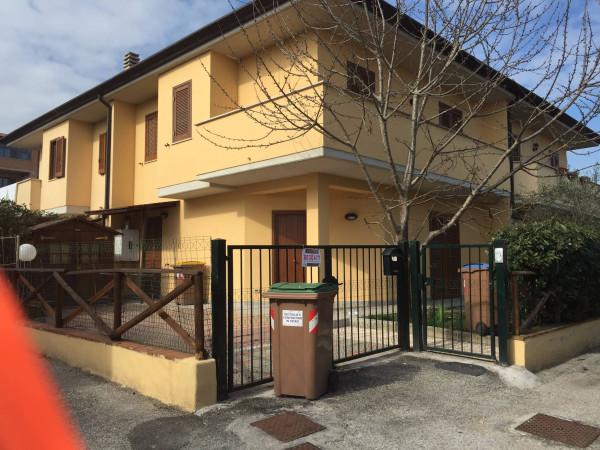 Villa in Vendita a Marsciano Periferia: 5 locali, 130 mq