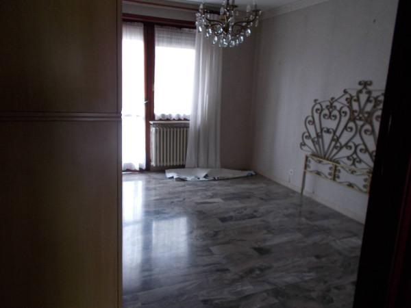 Bilocale Leini Via Camillo Olivetti 5