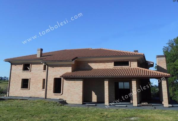 Villa in vendita a Fratte Rosa, 6 locali, prezzo € 350.000 | Cambio Casa.it