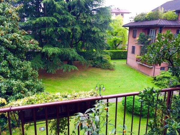 Appartamento in vendita a Seregno, 3 locali, prezzo € 200.000 | Cambio Casa.it