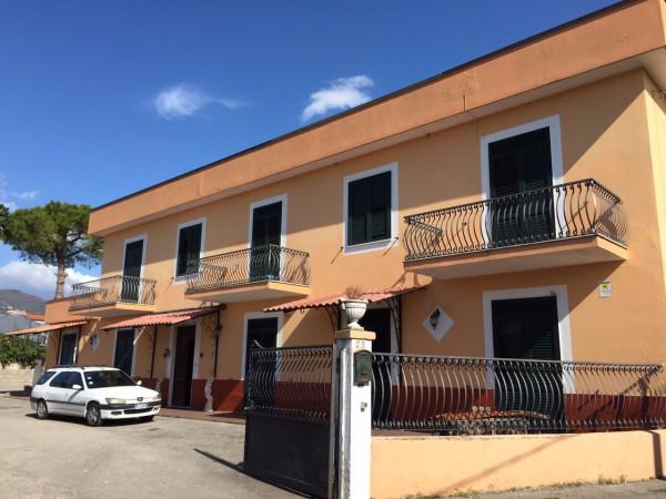 Appartamento in vendita a Pontecagnano Faiano, 6 locali, prezzo € 300.000 | Cambio Casa.it