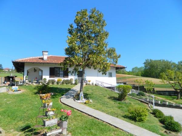 Villa in Vendita a Marentino Periferia: 5 locali, 150 mq