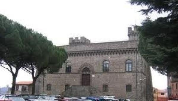 Bilocale Rocca Priora Via Regina Margherita 10