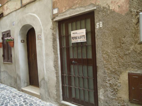 Bilocale Rocca Priora Via Regina Margherita 5