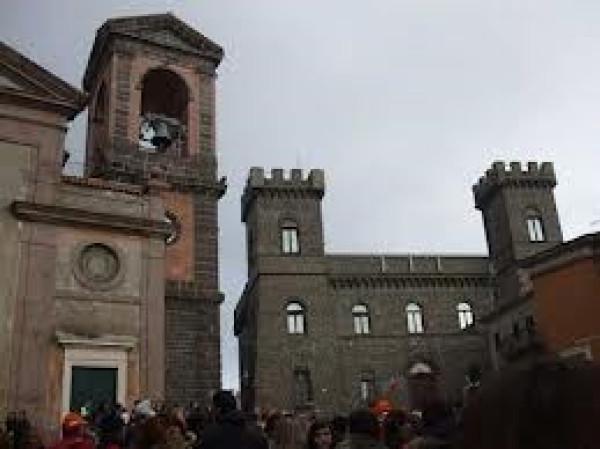 Bilocale Rocca Priora Via Regina Margherita 7