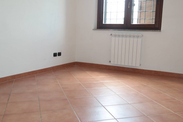 Bilocale Frascati Via Fontanile San Matteo 8