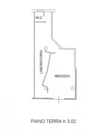 Negozio-locale in Affitto a Correggio Semicentro: 2 locali, 140 mq