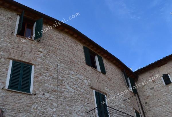 Appartamento in vendita a Pergola, 5 locali, prezzo € 190.000 | Cambio Casa.it
