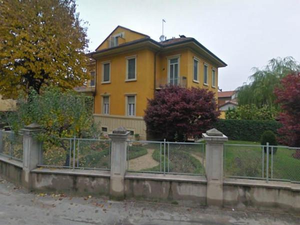 Villa in vendita a Santena, 6 locali, prezzo € 330.000 | Cambio Casa.it