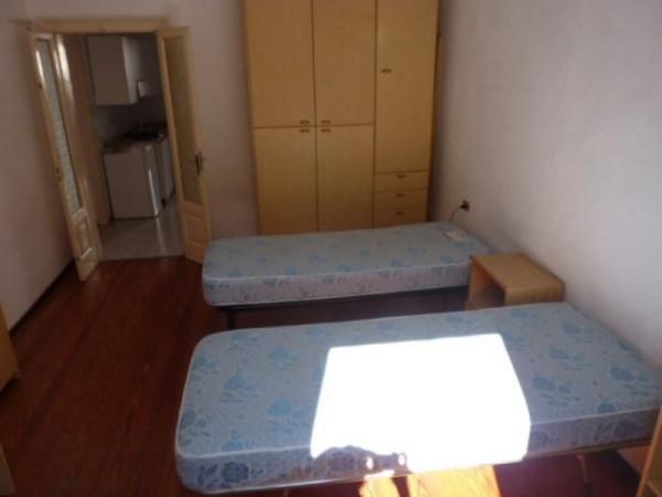 Affitto bilocale Pavia Corso Strada Nuova, 50 metri quadri