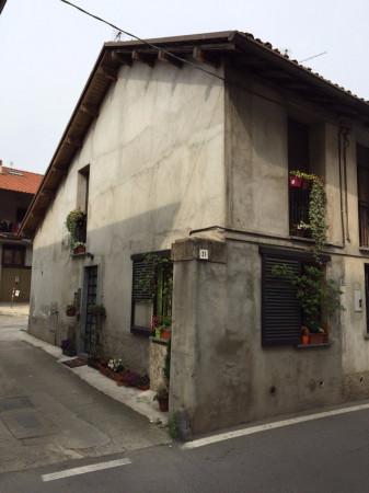Bilocale Bernareggio Via Vittorio Emanuele Ii 4