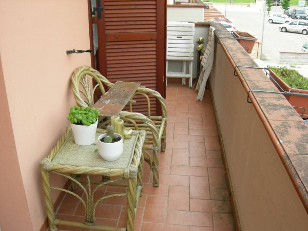 Casa indipendente in Vendita a Pontedera Centro: 3 locali, 100 mq