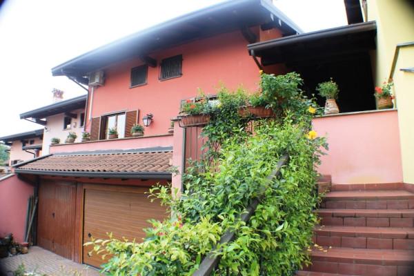 Villa a Schiera in vendita a Dormelletto, 6 locali, prezzo € 255.000 | Cambio Casa.it
