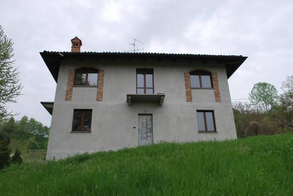 Rustico / Casale in vendita a Monticello d'Alba, 5 locali, prezzo € 140.000 | Cambio Casa.it