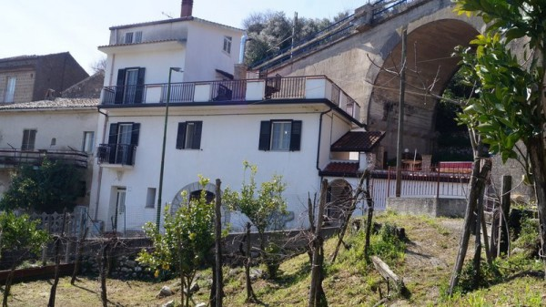 Soluzione Indipendente in vendita a Piana di Monte Verna, 4 locali, prezzo € 148.000 | Cambio Casa.it