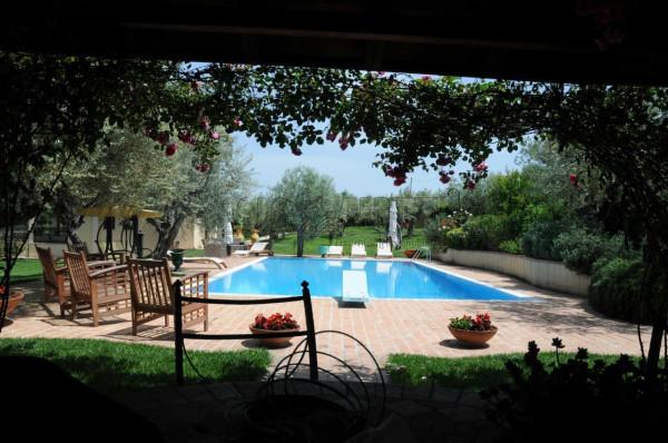 Villa in affitto a Manoppello, 6 locali, prezzo € 3.000 | Cambio Casa.it
