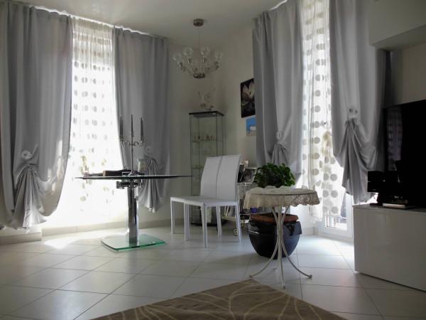 Villa in vendita a Longone al Segrino, 6 locali, prezzo € 550.000 | Cambio Casa.it