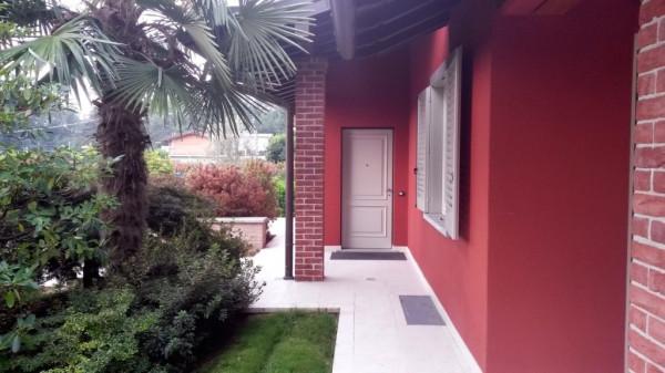 Villa in vendita a Olgiate Comasco, 6 locali, prezzo € 700.000 | Cambio Casa.it