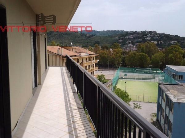 Appartamento in vendita a Agropoli, 6 locali, prezzo € 220.000 | Cambio Casa.it