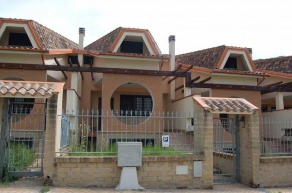 Villa a Schiera in vendita a Capena, 6 locali, prezzo € 185.000 | Cambiocasa.it