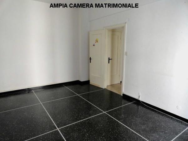 Bilocale Genova Via Pasquale Berghini 11