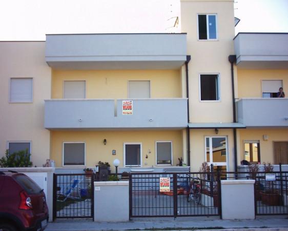 Appartamento in Vendita a Ginosa Semicentro: 5 locali, 130 mq