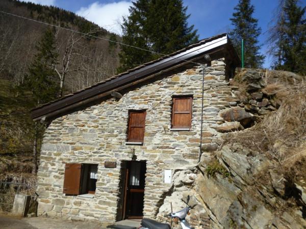 rustici e casali in vendita a ponte di legno