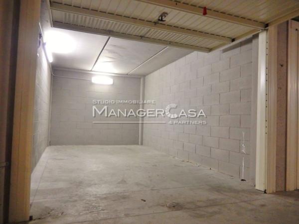 Box / Garage in vendita a Genova, 9999 locali, zona Zona: 19 . Quarto, prezzo € 32.000   Cambio Casa.it