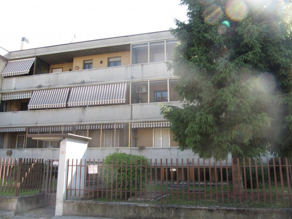 Appartamento in vendita a Liscate, 2 locali, prezzo € 105.000 | Cambio Casa.it