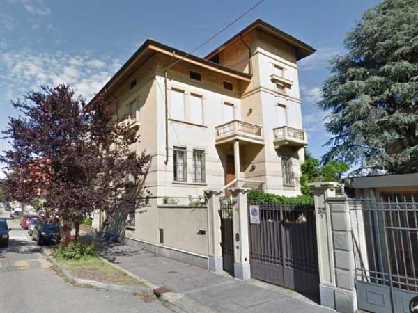 Villa in vendita a Torino, 6 locali, zona Zona: 5 . Collina, Precollina, prezzo € 900.000 | Cambiocasa.it