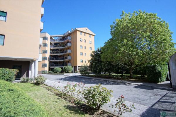 Appartamento in vendita a Peschiera Borromeo, 4 locali, prezzo € 208.000 | Cambio Casa.it