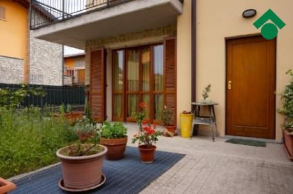 Bilocale Bonate Sopra Via Carlo Alberto Dalla Chiesa 5