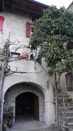 Appartamento in affitto a Gargnano, 9999 locali, prezzo € 450 | Cambio Casa.it