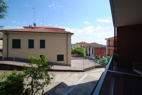 Bilocale Pavia Viale Cremona 3