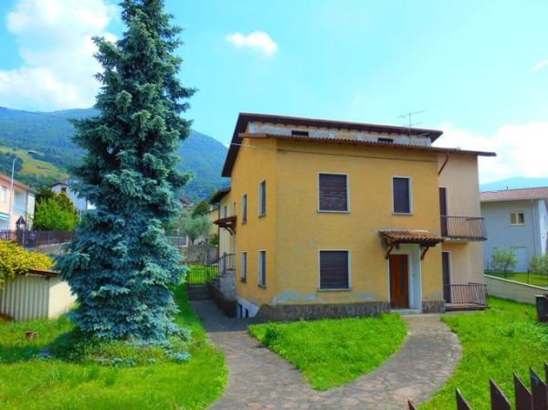 Appartamento in vendita a Sale Marasino, 5 locali, prezzo € 160.000   Cambio Casa.it
